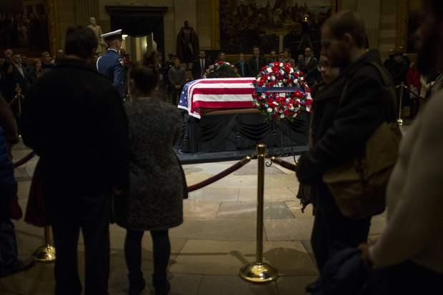 Церемонія прощання з Джорджем Бушем-старшим