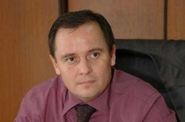Чоловік судді Ірини Попович Євген