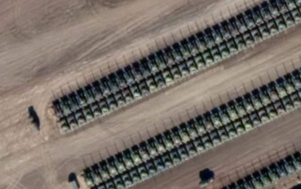 Росія танки Україна Донбас військова техніка супутник знімки