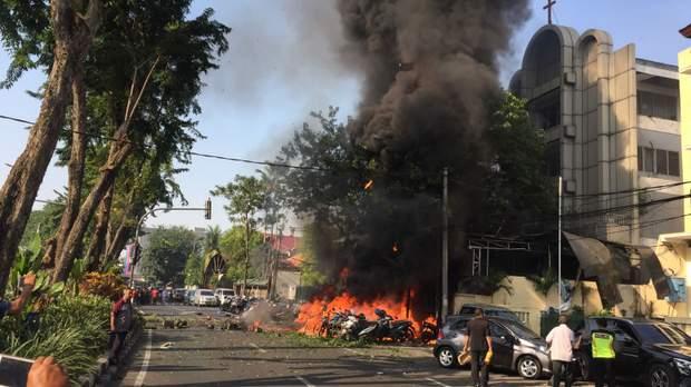 теракт Індонезія церква