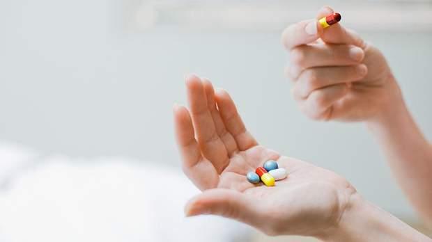 Денна доза вітаміну C для чоловіків становить 60-90 мг, для жінок 60-80 мг