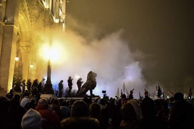 будапешт рабський закон мітинг