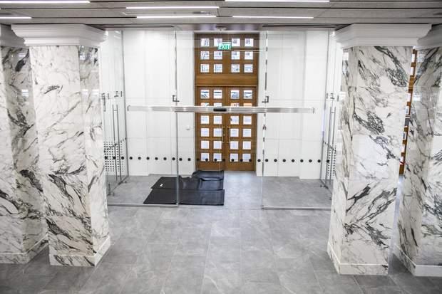 КМДА двері реконструкція