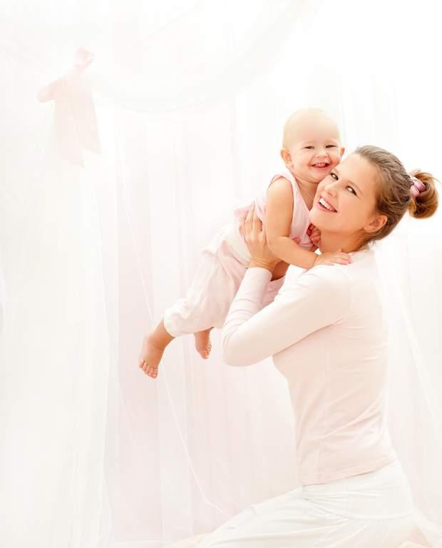 Дитина і мама