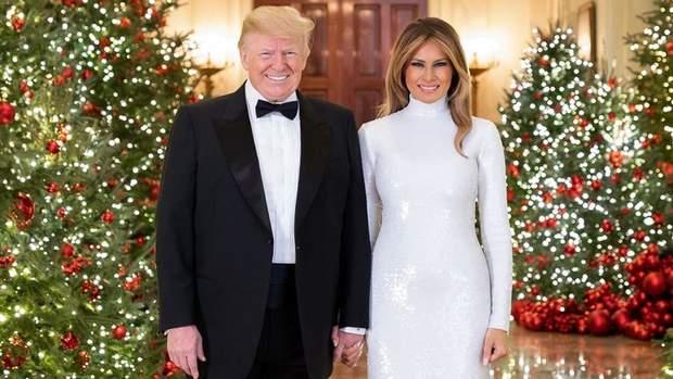 Різдвяна листівка Дональда Трампа та Меланії