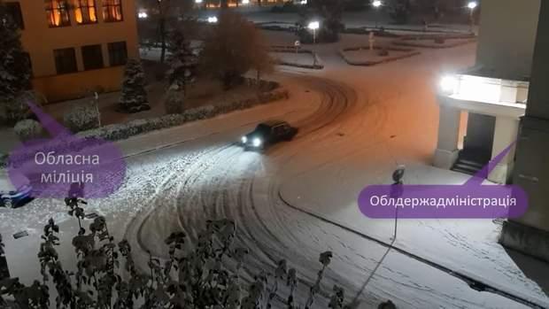 Водії влаштували змагання біля Обласної поліції та Облдержадміністрації