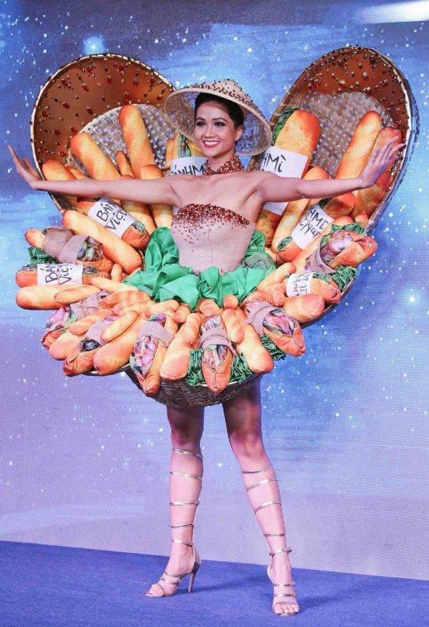 національний костюм В'єтнам, Міс Всесвіт