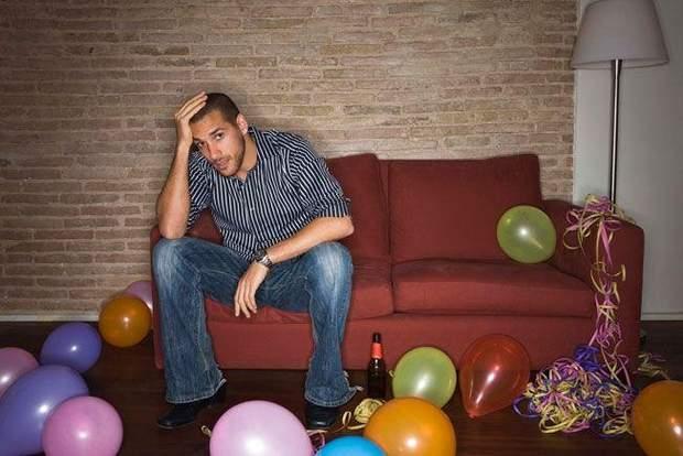 Депресія може виникнути через те, що ви ні з ким не будете святкувати Новий рік