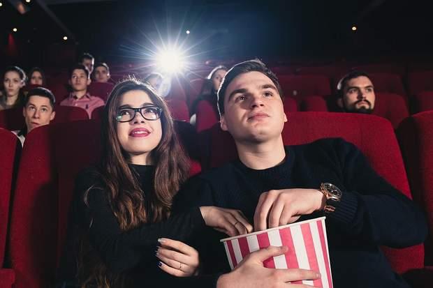 Щоб зменшити симптоми депресії на 48%, часто відвідуйте кінотеатри, музеї