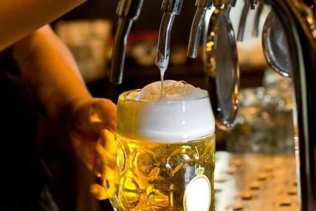 Дехто вважає, що найкращий рецепт від похмілля – пиво