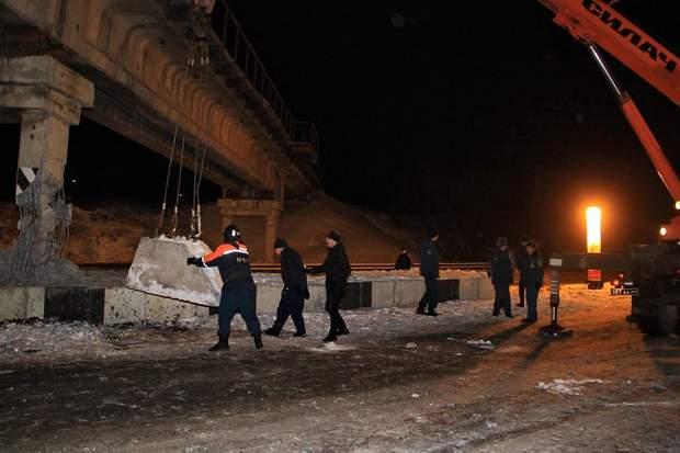Донецьк вибух підрив міст