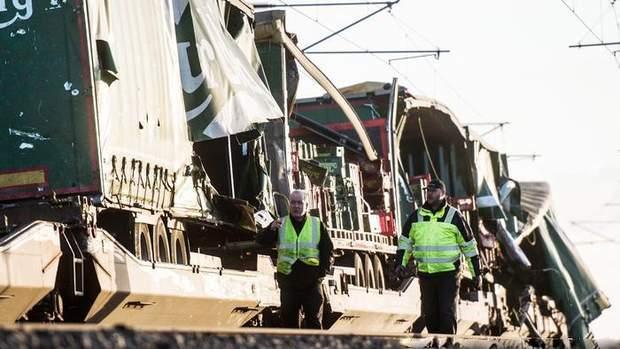 аварія пасажирського потягу у Данії