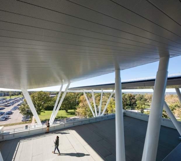Канада сонячні панелі тераса