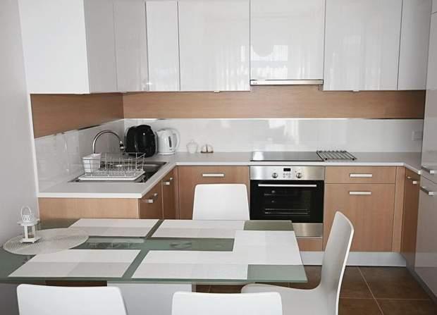 кухня маленька