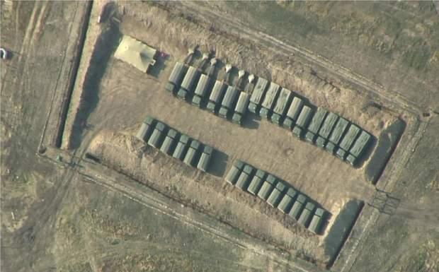 Росія посилила збройну присутність на кордоні з Україною та в окупованому Криму