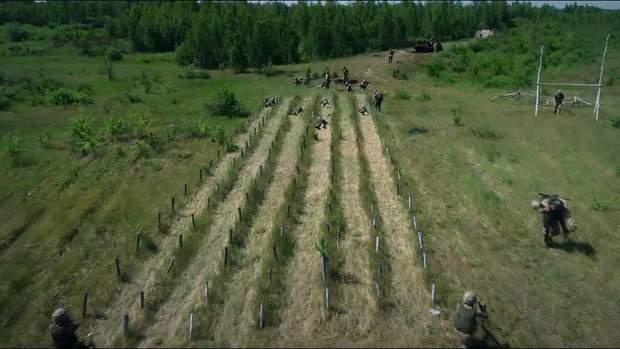 військові тренування десанту на полігоні у житомирі