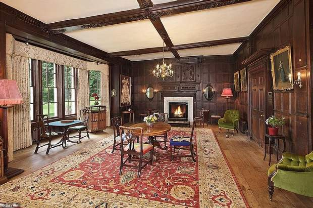 Будинок з привидом купив Джеймі Олівер