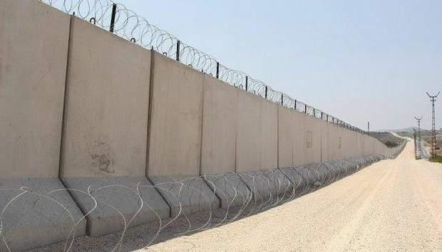 Дональд Трамп прагне побудувати стіну на кордоні з Мексикою