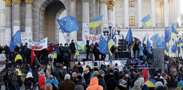 Протести на Майдані 2013 року носили мирний характер