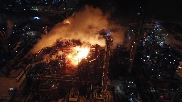 Пожежа на олефіновому заводі в Калуші