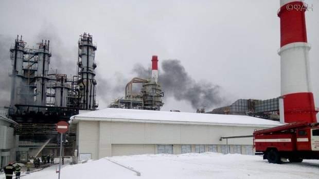 пожежа Росія нафтопереробний завод