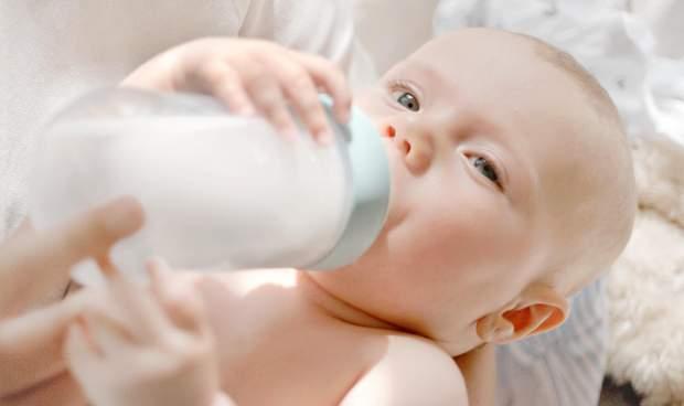 У дитини не на грудному вигодовуванні може порушитися гормональний зв'язок з матір'ю