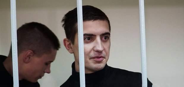 Полонений моряк Андрій Артеменко на судилищі