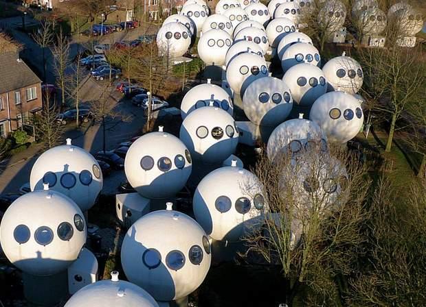 круглі будинки Нідерланди
