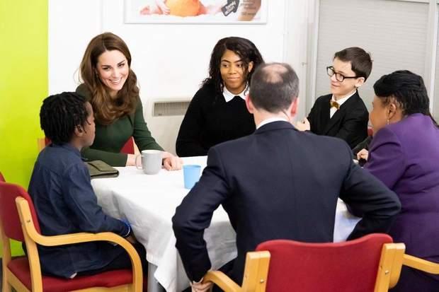 Кейт Міддлтон під час зустрічі з представниками