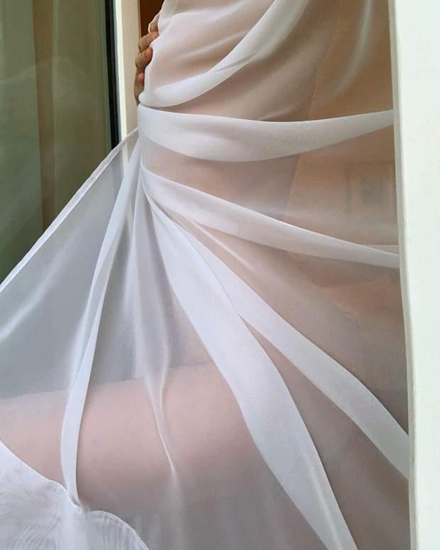 Сексуальні фото моделі Ельзи Госк