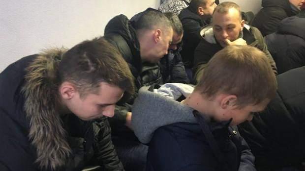 молодики  Чнукович вирок Януковичу