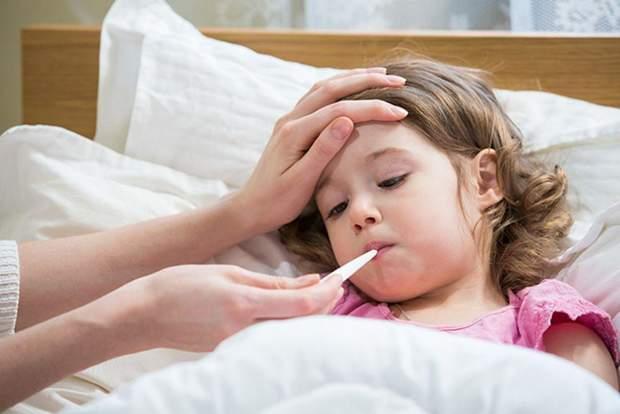 У яких випадках потрібно знижувати температуру дітям