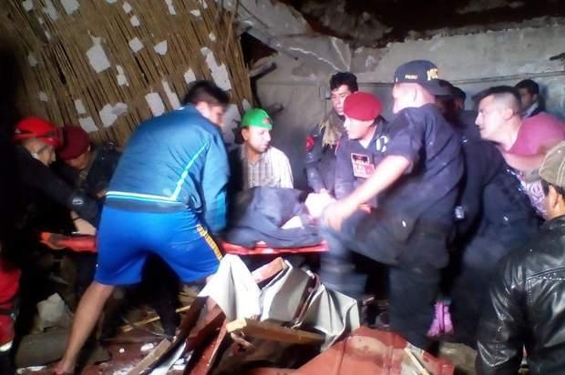 Внаслідок обвалу стіни загинуло 15 осіб