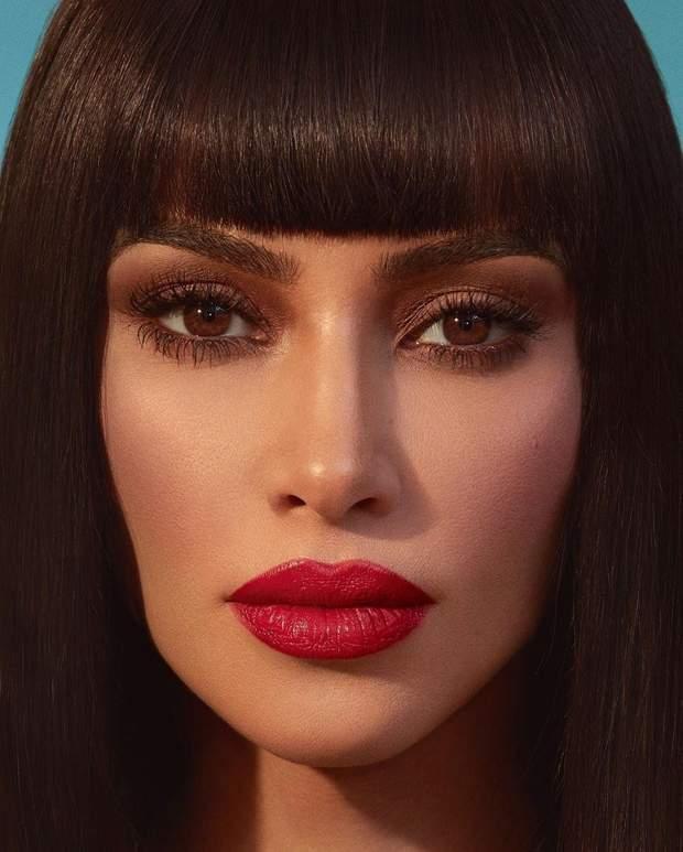 Кім Кардашян в рекламі помади