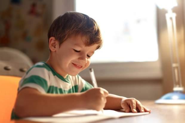 Звичка писати розвиває моторику