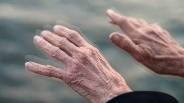 Світові загрожує епідемія хвороби Паркінсона