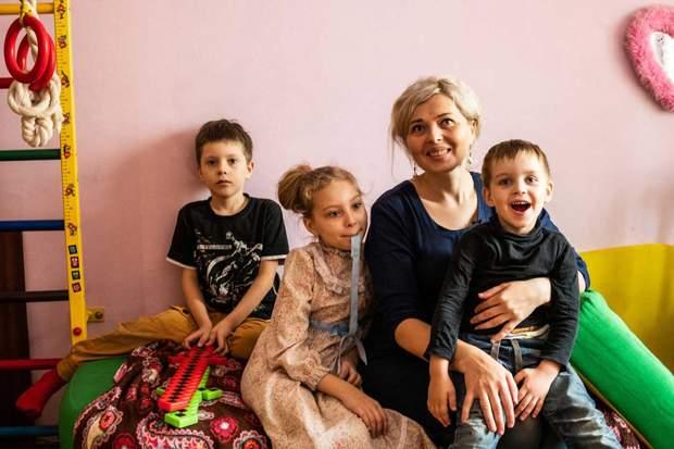 Нове життя для витинанок  українські прикраси підкорюють світ - 24 Канал 2865fea27273c