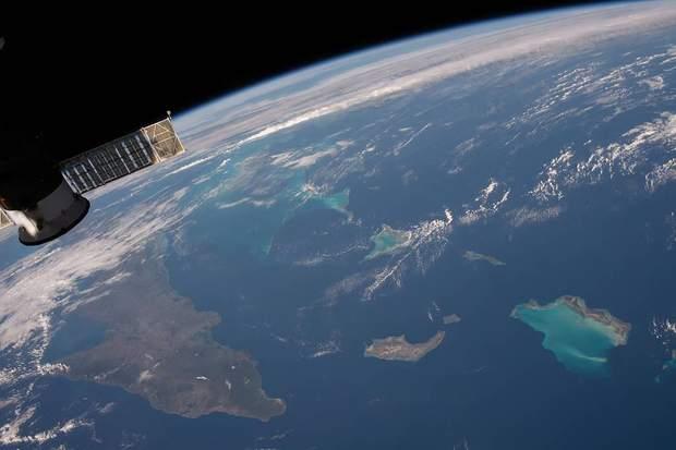 NASA показали новий яскравий знімок з МКС