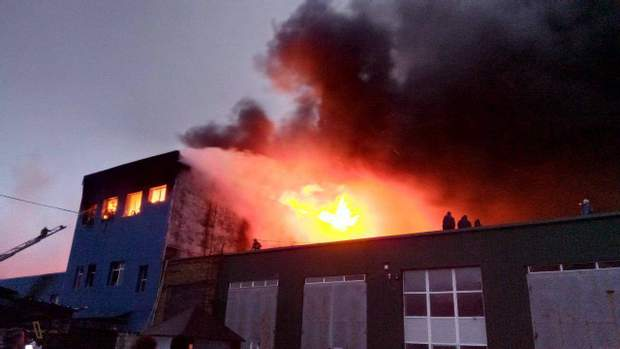 Пожежа склад Київ