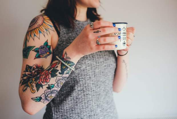 Людям з татуюванням не заборонено йти на процедуру МРТ