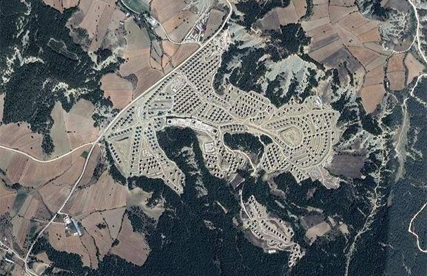 покинуті замки село Туреччина