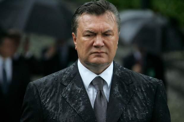 Віктор Янукович. «Тупий предмет» та ще тупіший кандидат: при замаху на політика постраждало одне яйце.