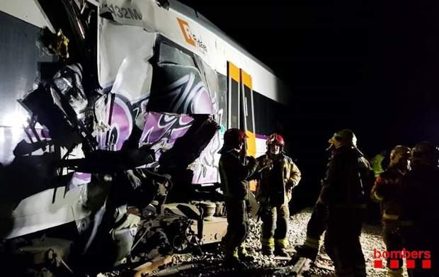 Іспанія зіткнення поїзди аварія жертви загиблі поранені