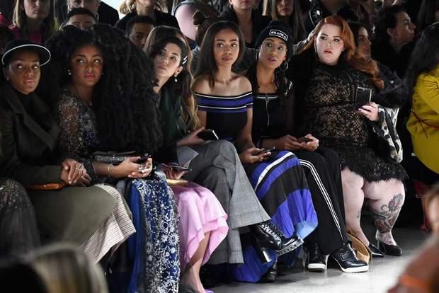 Пишнотіла Тесс Холлідей на Тижні моди