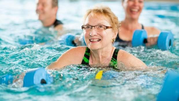 Після 60 років двічі на тиждень займайтеся аквааеробікою