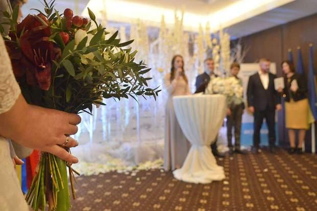 вартість шлюбу, експер-одруження, шлюб за добу