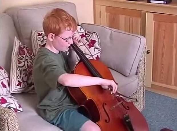 Ширан змалку цікавився музикою