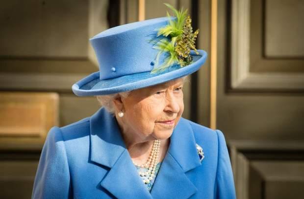 Її Величність Єлизавета ІІ на святкуванні