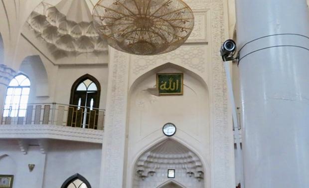 У мечетях стоять камери