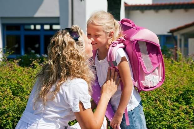 У яких випадках дитину з кашлем та нежитем можна вести до школи чи садка